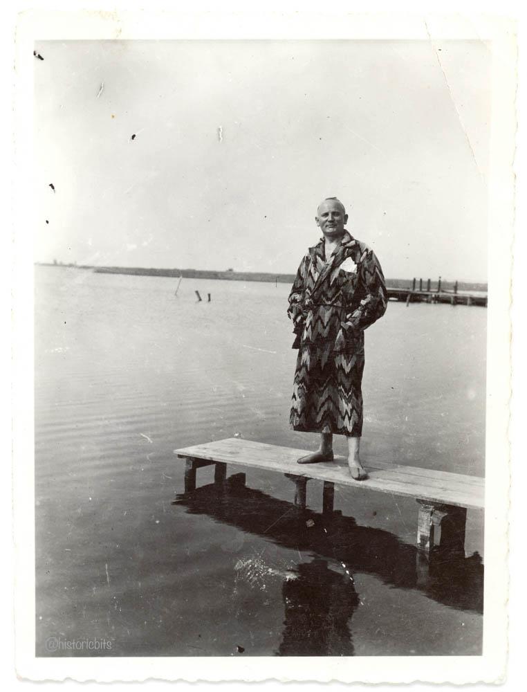 Mann im Bademantel,1926