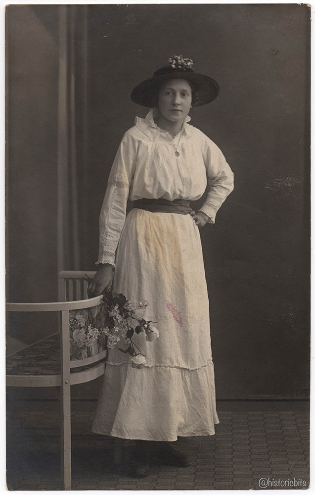 flowergirl,germany,c.1918