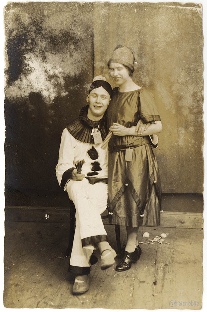 costumed 1925