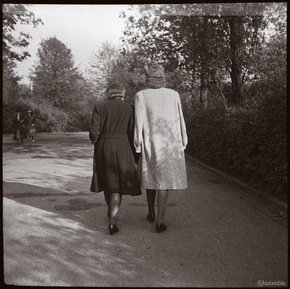 walk in Duesseldorf,ca 1930
