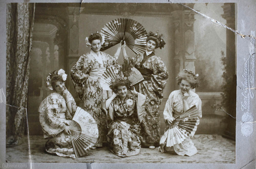 Dressed as Geishas,Germany,1904