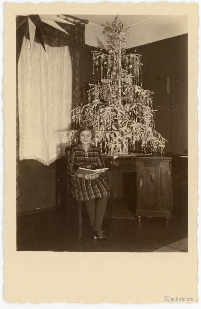 aug2-15-011-1935