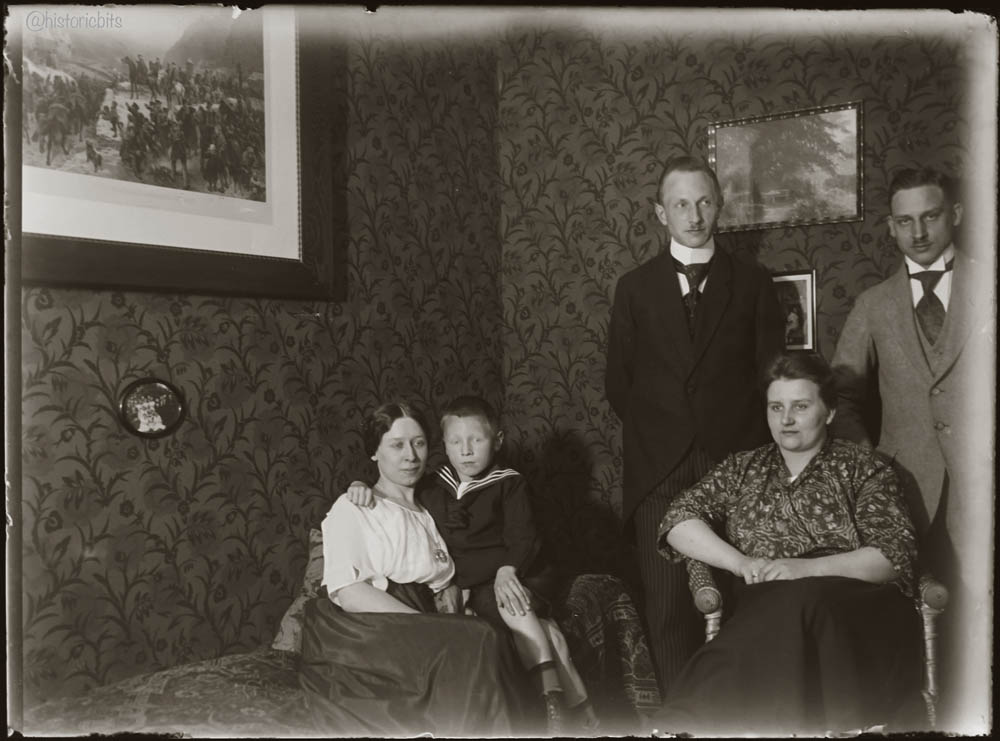 Family Life on Glasplate Negatives,Germany,Duesseldorf,c.1910-1920