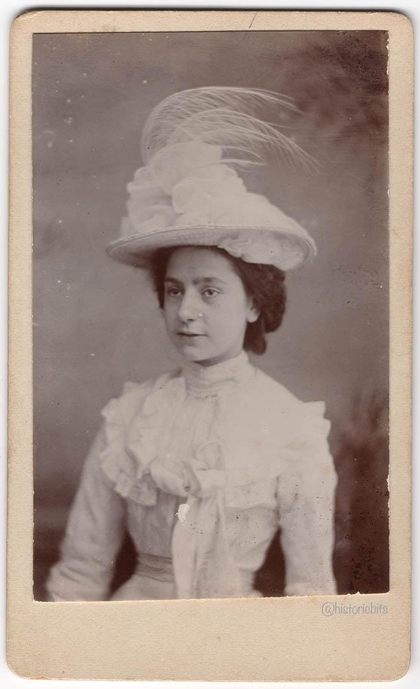Lady,UK,c.1890